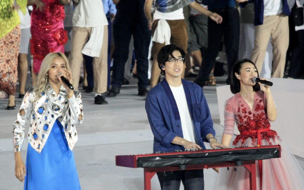 Aisyah Aziz, Charlie Lim & Joanna Dong at NDP2018